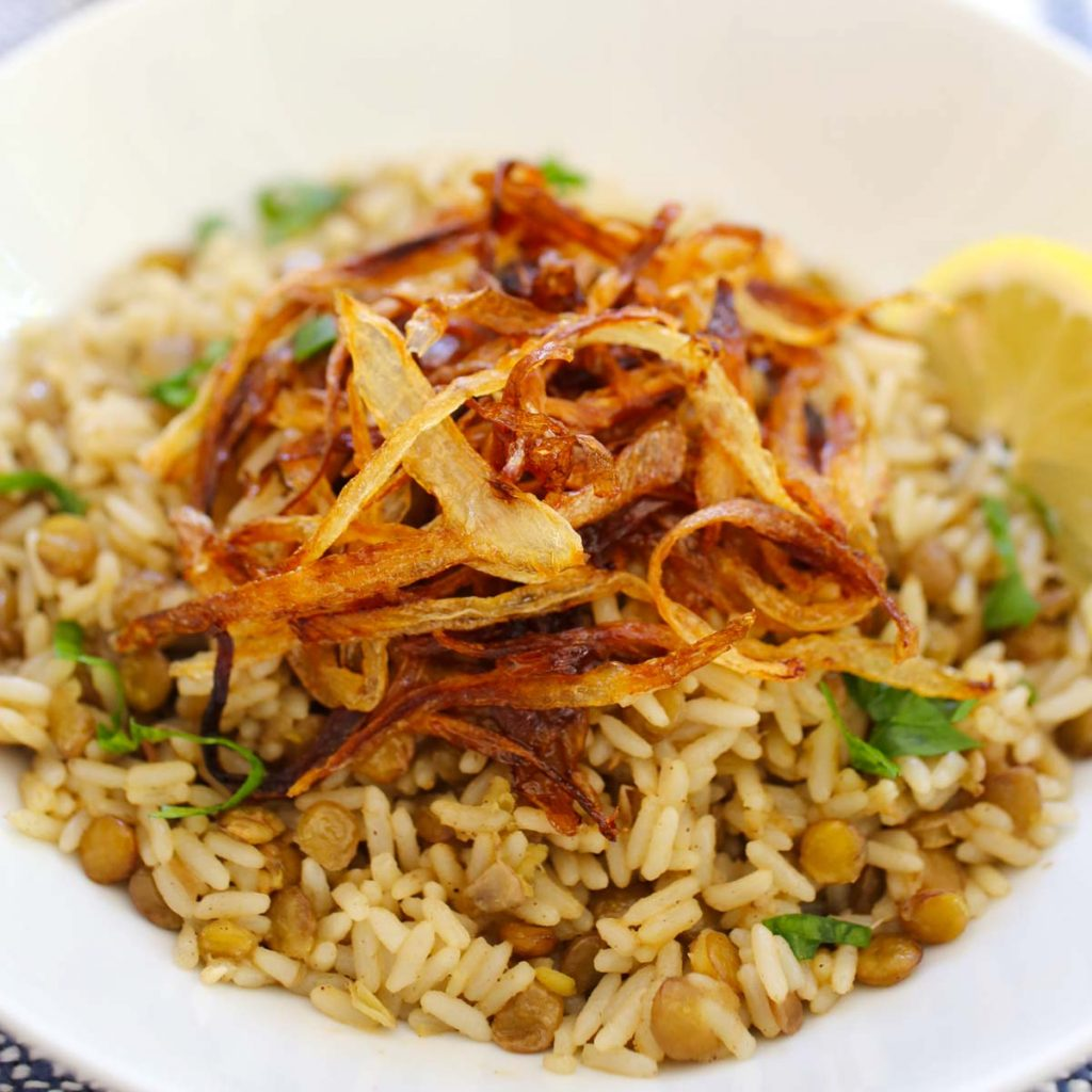 Lentils with rice and crispy onions
