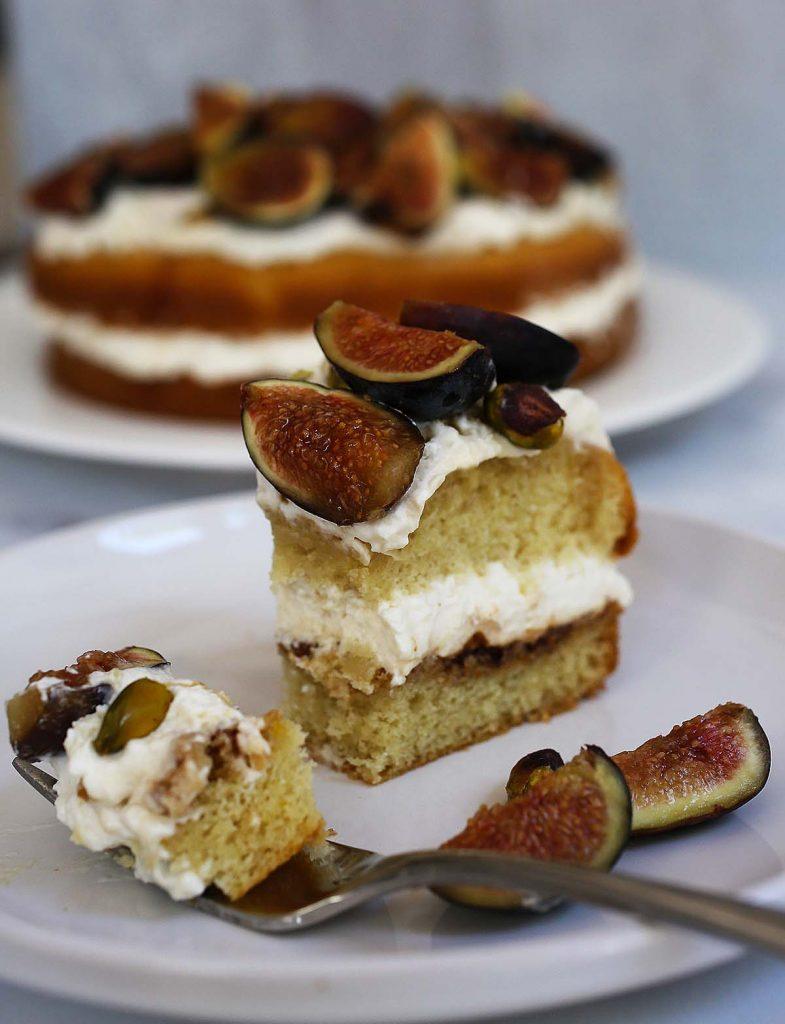 Fig cake slice on plate.