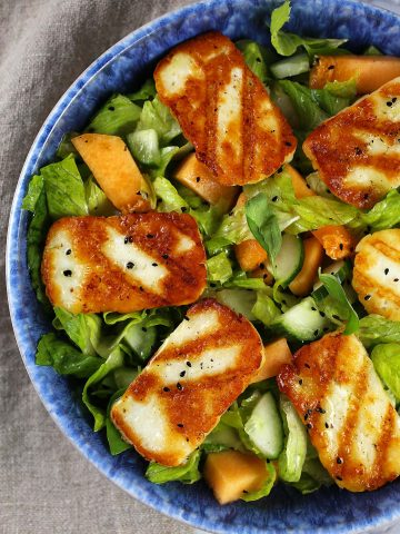Grilled halloumi melon salad