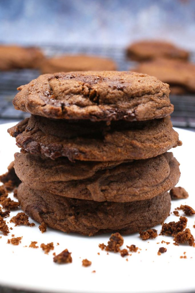 Cookies stack on plate.