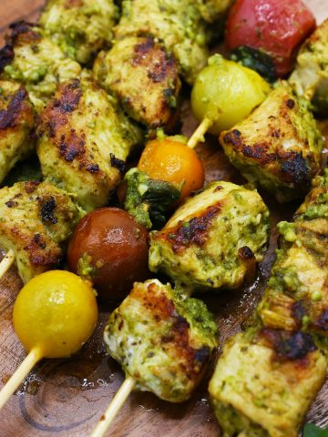 Chicken pesto kebabs